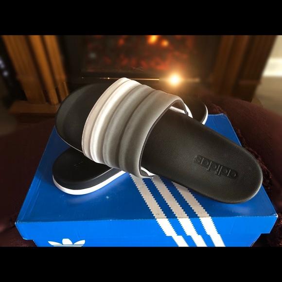 Le adidas adilette cloudfoam donne slide sandali poshmark